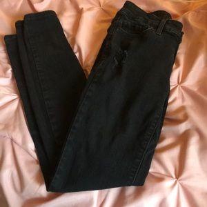 Levi 711 black skinny jeans